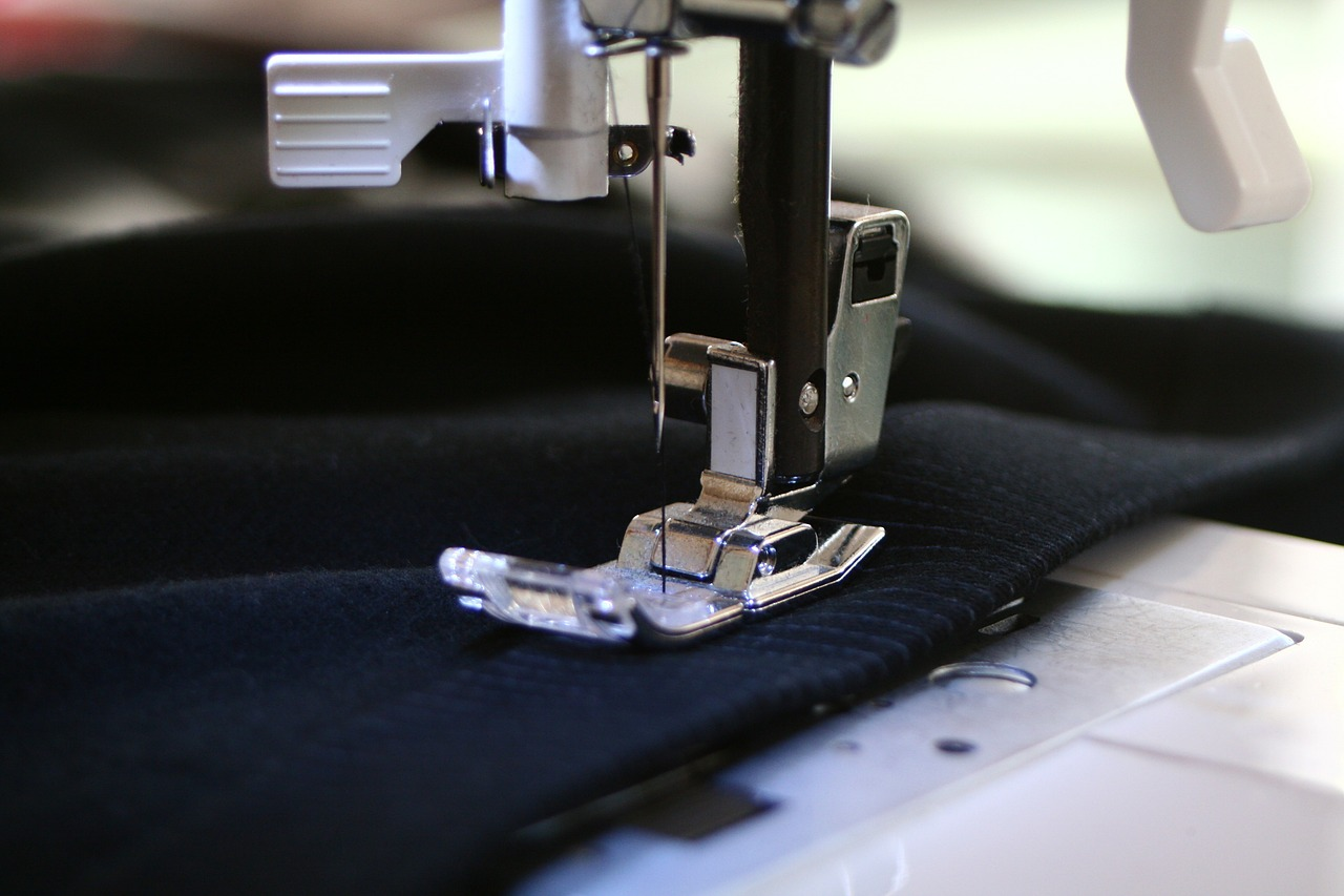 sewing-machine-262454_1280